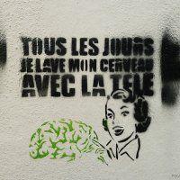 Pochoir - 'Every day I wash my brain with TV'
