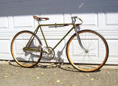 Harley Davidson 820 Racer Bicycle