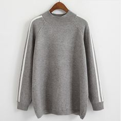 Simple Gracieux Sweater