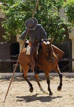 Garrocha mit traditioneller Ausrüstung