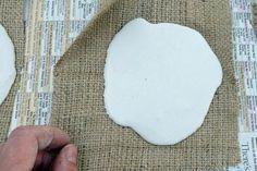 idées bricolage plâtre -figurines-plâtre-carré-toile-jute