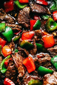 Pepper Steak Stir Fry has melt in your mouth flank steak with bell pepper in the. - Pepper Steak Stir Fry has melt in your mouth flank steak with bell pepper in the most amazing sauce - Beef Steak Recipes, Beef Recipes For Dinner, Stir Fry Recipes, Cooking Recipes, Cubed Beef Recipes, Beef Meals, Cooking Tips, Tri Tip Stir Fry Recipe, Frying Steak Recipes
