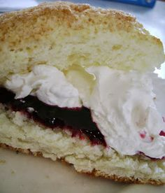 Cream Scones and Clotted Cream (recipe for both) #britain #afternoon_tea #kaffimat