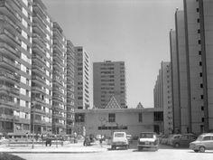 Carrer Prat, anys 1070. Fotografia dels anys 70. Institut Cartogràfic de Catalunya. Familia Cuyàs