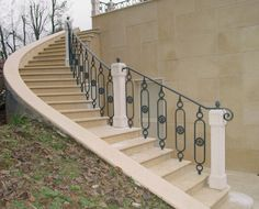 Cast-iron railings –9502.0515VS http://www.modus.sm/en/products/railings/cast-iron-railings/9502-0515vsls/9502-0515vs.asp?ID0=1291&ID0_=1291&ID1=1312&ID1_=1312&ID2=1339&ID2_=1339&ID3=1636&ID3_=1636&IDProdotto=1313&L=EN #Modus #ModusRailings #outdoorfurniture #inspiration #castiron #railing #castironrailing #ghisa #ringhiera #ringhierainghisa #centralrose #grey #balconies #design #architecture #follow