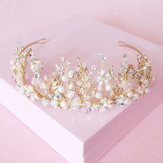 The flame of love new luxury Gold Crown Crystal rhinestone Pearl flower bridal wedding yarn accessories hair accessories