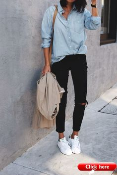 Chambray denim and stan smith sneakers. Chambray denim and stan smith sneakers. Chambray denim and stan smith sneakers. Chambray denim and stan smith sneakers. The post Chambray Sneakers Outfit Summer, Sneaker Outfits Women, Sneakers Fashion Outfits, Mode Outfits, Casual Outfits, Sneakers Style, Dress Casual, Jeans Fashion, Jeans And Sneakers Outfit