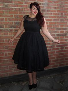 A-line Scoop Neck Tea-length Tulle Ruffles Prom Dresses CA$205.99