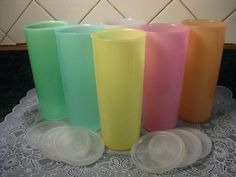 6 Vintage Tupperware Tumblers with Lids  Want