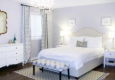 Best elegant small bedroom design ideas with stylish, art touching, and clean design. Small bedroom is best choice for your home with small space. White Bedroom Furniture, Gray Bedroom, Bedroom Colors, Home Bedroom, Master Bedroom, Bedroom Decor, Bedroom Ideas, Bedroom Wall, Bedroom Photos