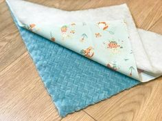 2in1 Baby Sleeping Bag : 11 Steps (with Pictures) - Instructables Bow Pillows, Small Pillows, Baby Wrap Blanket, Baby Warmer, Baby Wraps, New Things To Learn, Sleeping Bag, Soft Fabrics, Hand Sewing