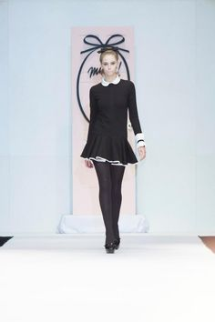 Muaa by Pablo Ramirez- invierno 2013, impecable. Black Is Beautiful, Retro Vintage, Runway, Fashion Looks, Dresses, Style, Dressing Rooms, Slip On, Moda Femenina