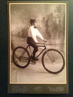 Antique-Boy-Bike-Bicycle-Painted-Backdrop-Chicago-Illinois-Cabinet-Photo