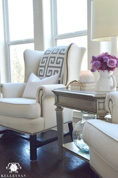 Pottery Barn Upholstered Thatcher Wingback Chair in Living Room – Shabby Chic Decor Ideas Shabby Chic Decor Living Room, Shabby Chic Homes, Shabby Chic Furniture, Rustic Furniture, Antique Furniture, Outdoor Furniture, Sofa Design, Furniture Design, Interior Design