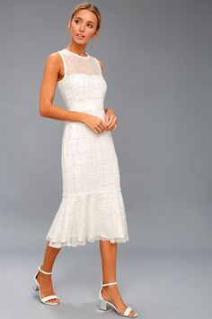 04b2358faa Jeanette White Sequin Midi Dress 2 Fotografii Logodnă