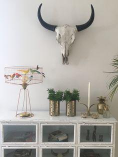 Äntligen är den min!!  Fågellampa Lampe Tambour De handgjorda, franska fågelburslamporna finns i flera olika utföranden och storlekar. Här som bordslampa. Tillverkare är Challières