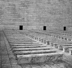 Palazzo dei Congressi. Roma EUR  The temples of consumption: Italian rationalism 20-30