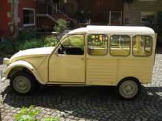 Citroen 2 CV 4 panal VAN: ex-Belgian Post: LHD For Sale (1972)