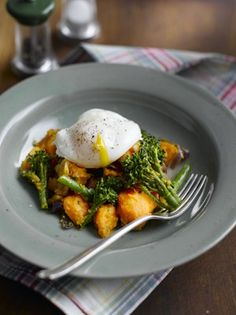 Winter recipes: Sweet potato and broccoli hash with poached egg