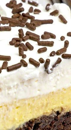 ... Bars & Brownie Bliss on Pinterest | Bar recipes, Cheesecake bars and
