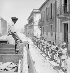 SEP 3 1943 Operation Baytown: the invasion of Italy The Commander of the Eighth Army, Lieutenant General Sir Bernard Montgomery, watches troops as they pass through the streets of Reggio. Bernard Montgomery, British Soldier, British Army, Italian Campaign, Reggio Calabria, Army Infantry, Man Of War, Second World, North Africa