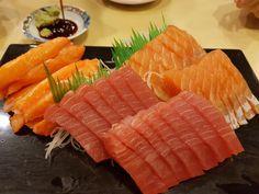 [I ate] pretty slices of tuna and salmon sashimi Food Recipes Sushi Recipes, Wine Recipes, Japenese Food, Salmon Sashimi, Eat Pretty, Good Food, Yummy Food, Asian, Cafe Food