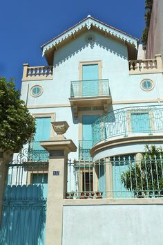 Blue house in Toulon (south-east of France) - by Marie J