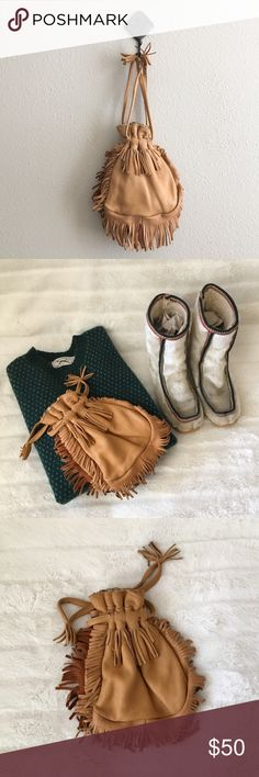 '70s / Deerskin Fringe Mini Bag MEASUREMENTS:  *Style inspiration:   ☒ I do not model or trade, sorry! ❁ Check out my closet for more vintage! Vintage Bags Satchels