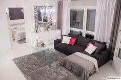 olohuone,pöytä,peili,valkoinen,sohva