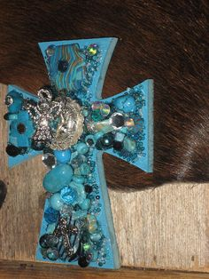 Wall Cross for the Cowgirls Horse Trailer by cthorses66 on Etsy, $25.00