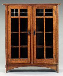 702 Ca. 57 x 48 x 14 Craftsman Style Decor, Craftsman Style Furniture, Mission Style Furniture, Furniture Plans, Antique Furniture, Cool Furniture, Arts And Crafts Furniture, Arts And Crafts House, Gustav Stickley