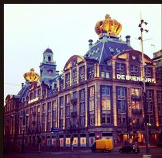 Crowns at the roof of the department store 'De Bijenkorf' to celebrate Queensday and the inauguration of King Willem Alexander april 2013. #greetingsfromnl