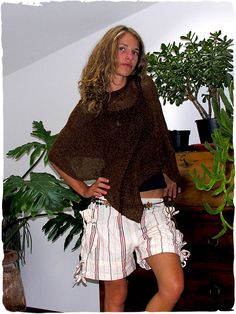 Pantaloni Katy #pantalonicorti in #tessuto #artigianale di #cotone #modaetnica #ethnicalfashion #lamamita #moda #fashion #italianfashion #style #italianstyle #modaitaliana #lamamitafashion #moda2016 #fashion2016 #pantaloni #spring #springfashion #summerfashion #trousers #ethnictrousers