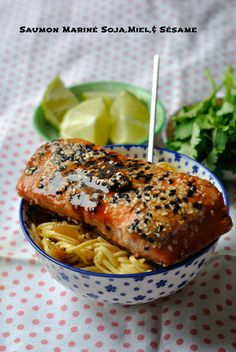 Saumon Mariné Soja,Miel,& Sésame can find Fleisch marinieren and more on our website. Fish Recipes, Meat Recipes, Asian Recipes, Cooking Recipes, Healthy Recipes, Marinated Salmon, Grilled Salmon, Salty Foods, Fish Dishes
