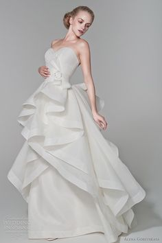 65e72928c7c4 83 Best Wedding dresses images   Bakken, Birthday cakes, Cake wedding