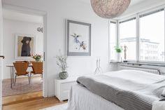 #styling #homestyling #bedroom #sovrum Homestyling av gavellägenhet på Furusundsgatan | Move2