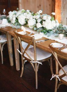 rustic chic reception - photo by Laura Murray Photography http://ruffledblog.com/fresh-wedding-at-devils-thumb-ranch