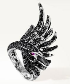 Free the Black Swan that hides in you! Black swan ring by Boucheron