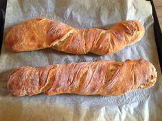 Bread Dough Recipe, Health Eating, Ciabatta, Kitchen Recipes, Diy Food, Baguette, Hot Dog Buns, Sausage, Bakery