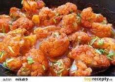 Pečený květák na červeno recept - TopRecepty.cz Tandoori Chicken, Cauliflower, Treats, Vegetables, Ethnic Recipes, Food, Sweet Like Candy, Cauliflowers, Goodies