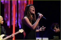Lea Michele performing Cannonball #TheEllenShow