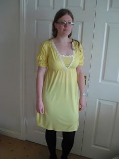 Sorbet Surprise gets Sew Crafty!: Spring Daisy Dress