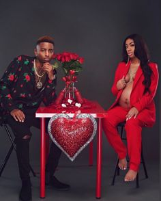 𝗣𝗜𝗡𝗧𝗘𝗥𝗘𝗦𝗧: Source by therealtrapper. Couple Pregnancy Photoshoot, Family Maternity Photos, Pregnancy Goals, Cute Maternity Outfits, Maternity Poses, Maternity Pictures, Maternity Photography, Black Couples Goals, Cute Couples