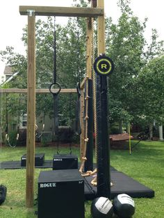 muscle up rings and wall ball