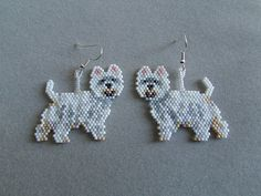 These adorable little beaded West Highland Terrier earrings are sure to be a favorite of the Westie owner or dog lover that you know. They