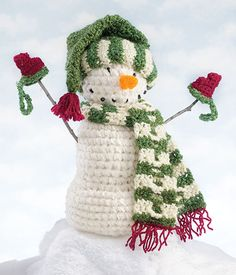 Crochet Snowman patterns (free)  This is so cute!