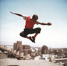 Sammy Davis Jr in mid-air by Frank Worth - . - Photography - Photograph Frank Worth at great prices - Buy and sell your artworks on kunzt. Classic Hollywood, In Hollywood, Hollywood Picture, Sammy Davis Jr, Tap Dance, Photography Gallery, American Singers, Swagg, Black And Brown