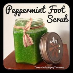 Another one to add to my homemade beauty products album. This is aimed at the feet but can be used as a hand or body scrub. Use by rubbing all over your Hand Scrub, Diy Body Scrub, Salt Face Scrub, Sugar Scrub For Face, Peppermint Leaves, Christmas Hamper, Make Beauty, Beauty Tips, Home Made Soap