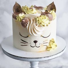 My 8 kitty😻 after the first .- Моя 8 кошечка😻 после первой з… My 8 kitty😻 after the first day … – Kuchen – # Küchen # - Pretty Cakes, Cute Cakes, Decoration Patisserie, Birthday Desserts, Cake Birthday, Birthday Ideas, Birthday Parties, Birthday Recipes, Birthday Cake Decorating