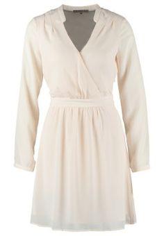 Robes mint&berry Robe chemise - nude pink rose: 39,00 € chez Zalando (au 06/12/14). Livraison et retours gratuits et service client gratuit au 0800 740 357.